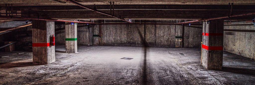 Garaje de un edificio